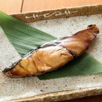 刺身だけでなく、塩焼きや煮付けなど、魚ごとに合う料理でご提供