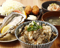 ◇贅沢な牡蠣ランチ 新鮮な牡蠣がたっぷり味わえるのは飛梅だけ