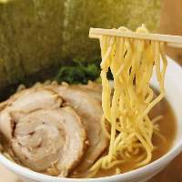 濃厚クリアな味わい濃厚豚骨スープが自慢のラーメン