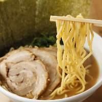 自家製麺とクリアな味の濃厚スープが絶品のつけ麺