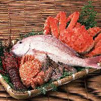 全国の漁港や市場より直送される新鮮魚介
