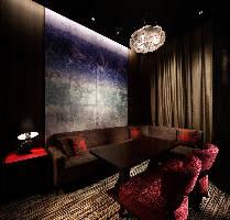 1室限定の完全個室も完備。お忍び芸能人も御用達です。