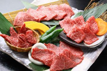 ステーキ&焼肉バル ボンド・ボンド・ボーンズ 茅ヶ崎