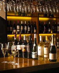 ワイナリーより直送!オーナー厳選のワインは全32種