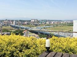 【昼の絶景】 天気の良い日には富士山も見られます♪