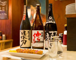 日本酒や焼酎など、お酒の種類も豊富。豚かつともよく合います