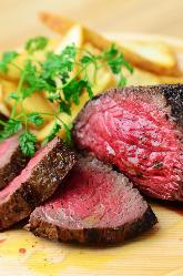神戸ランプ牛は数量限定なのでお早めに!その他お肉料理多数!!