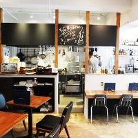 オープンキッチン★美味しそうな香りがお店中に漂います♪