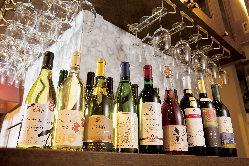 ソムリエが日本全国を回って集めた今話題の日本ワイン。