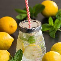 [女性人気高し] 国産レモンを使ったすりおろしレモンサワー