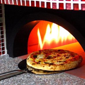 石窯ピザのイタリアン Pizza Cozou 横浜関内の画像