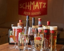 ドイツの醸造所風の店内