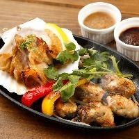 和牛、海鮮、アヒージョや煮込み料理を鉄板で堪能!
