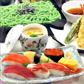 和食レストランとんでん 青梅河辺店の画像
