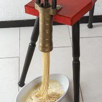 こだわりの手打ち麺は小麦の風味がふわっと広がる