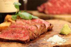 定番の熟成牛内モモ赤身肉、「赤城牛の鉄板焼」