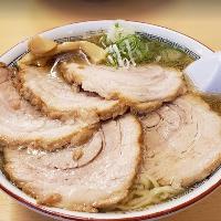 大人気のチャーシュー麺