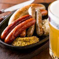 北バイエルンの本格ソーセージなどビールにぴったりのドイツ料理