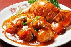 定番中華から特別なお料理まで当店でお楽しみ頂けます!