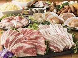 ボリュームたっぷりでお肉、魚介、お野菜が楽しめセットも♪