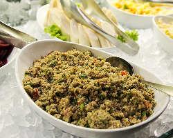 人気TOP10を含む本場ブラジル料理をビュッフェで。