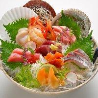 季節の新鮮魚介盛り合わせ