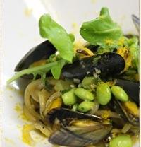 山菜やそら豆など、パスタに使う食材は旬のものを使用。