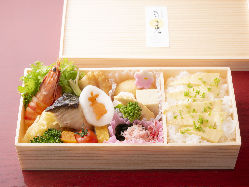 天然真鯛を使用した鯛飯付きの会席コース
