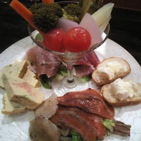 イタリアン×肉バル RAKUDA(らくだ)