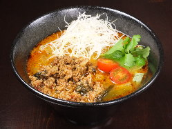 これうまい!リピーター続出のトムヤム担々麺!!食べてみて★