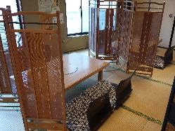 2階はお座敷席で最大22名様まで収容可。貸切予約承り中。