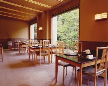 オークラアカデミアパークホテル 和食堂「山里」
