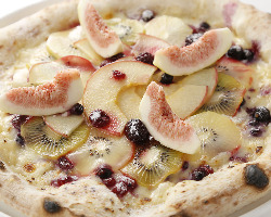 『CASA MARE』特製フルーツピザ!ぜひ☆