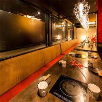 ◆優しく灯る間接照明が印象的な個室。団体様も最大100名様迄◆