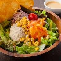≪メキシカンサラダ≫ 彩り鮮やかなサラダは箸休めにぴったり♪