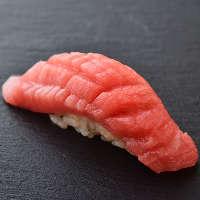 【匠が魅せる日本の伝統】名店出身の店主の熟練技