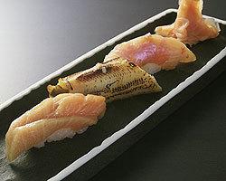 握や 江戸前鮨と日本酒を楽しめる店