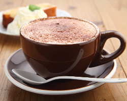 焙煎所直送の香り高いコーヒーを味わってください!