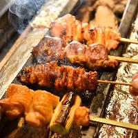 【炭火串焼】 備長炭を使用して熟練技で焼き上げる串焼きは絶品