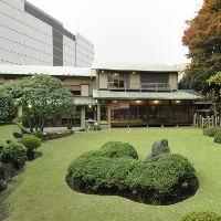 【日本庭園】 手入れが行き届いた庭園に心洗われます