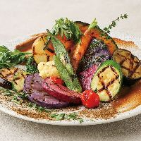 お肉だけでなく野菜もグリルで楽しめます