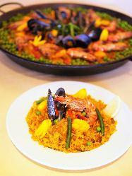 様々なスペイン料理を是非、ご堪能ください。