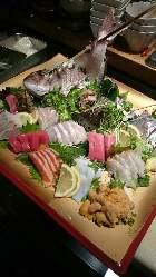 鮮魚盛り合わせ。 新鮮で産直、絶品です。