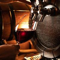 樽生ワイン、樽生スパークリングも飲み放題です。