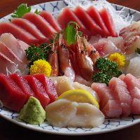 元魚屋が太鼓判を押す、全国各地より仕入れる鮮魚を堪能!