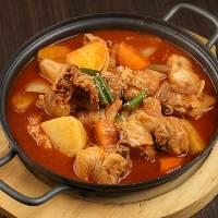 [あったか鍋料理も人気!!] 体の芯から温まる絶品韓国鍋もご用意