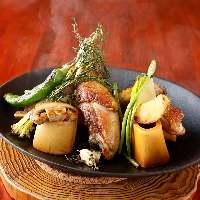 ハーブやスパイスを使用し、香りが記憶に残るお料理をご提供。