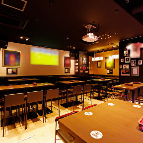 SPORTS BAR & CAFE DINING B ONE <ビーワン>の画像