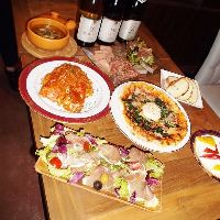 前菜からパスタ・ピザまで豊富なイタリアン料理