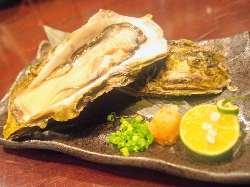 「牡蠣の唐揚げ燻製ポン酢/780円(税抜)」お酒がすすみます!